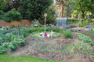 Garden picnic
